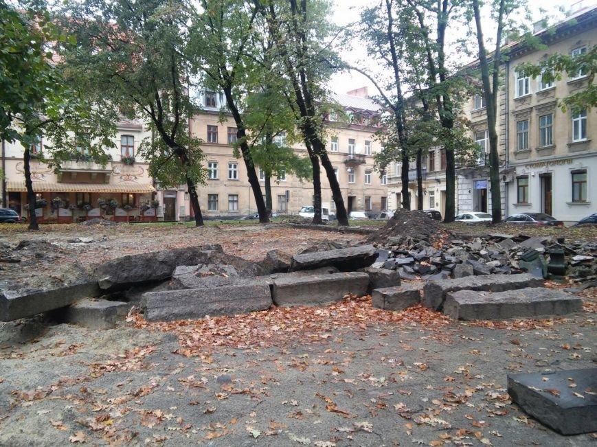 На площі Маланюка завершити ремонт планують до середини листопада (ФОТО), фото-5