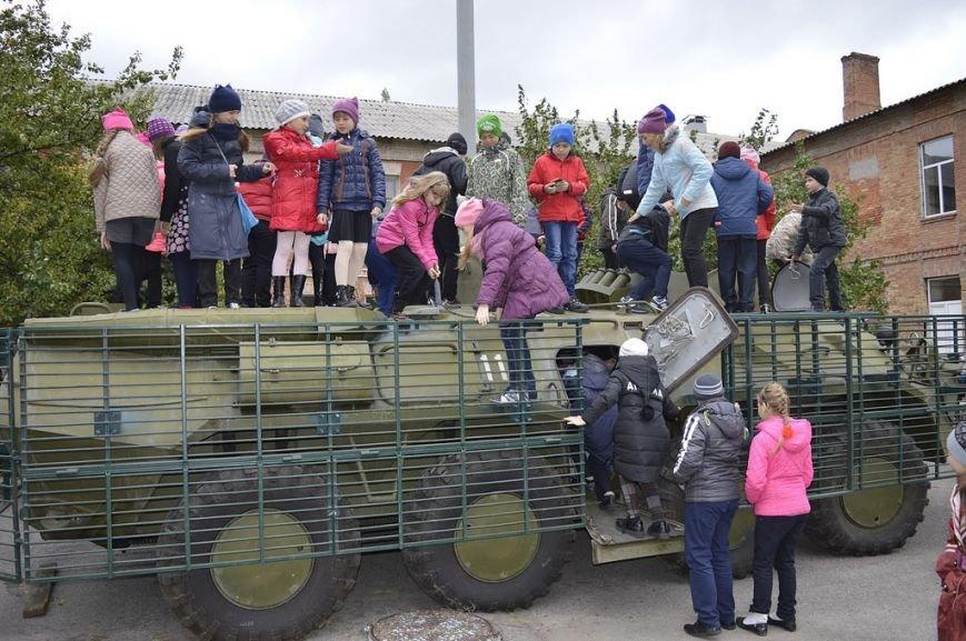 Кременчугские школьники побывали на тренировочной базе СБУ, фото-5