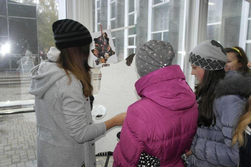 В Покровске (Красноармейске) стартовала всеукраинская акция «За мир і щастя в Україні», фото-2