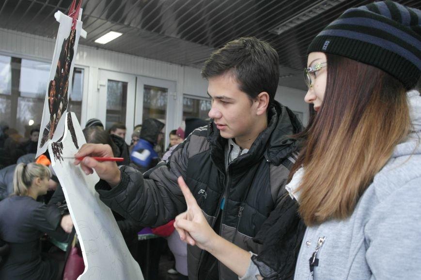 В Покровске (Красноармейске) стартовала всеукраинская акция «За мир і щастя в Україні», фото-13