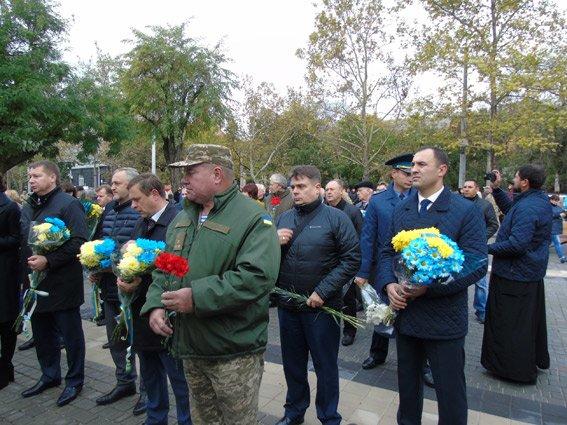 Полиция Херсонщины приняла участие в торжествах ко Дню защитников Украины (фото), фото-6