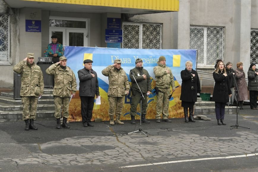 Школьники Покровска (Красноармейска) показали «класс» на конкурсе маршевой песни, фото-8