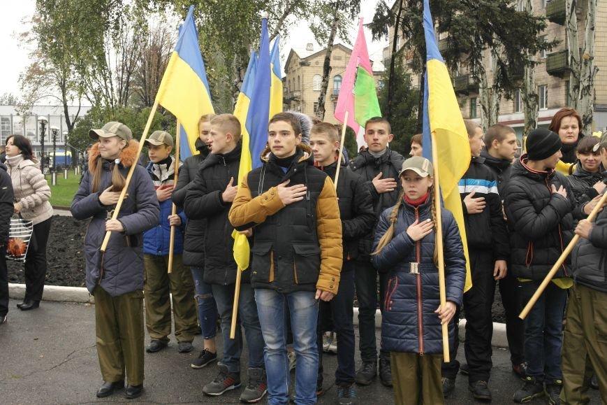 Школьники Покровска (Красноармейска) показали «класс» на конкурсе маршевой песни, фото-5