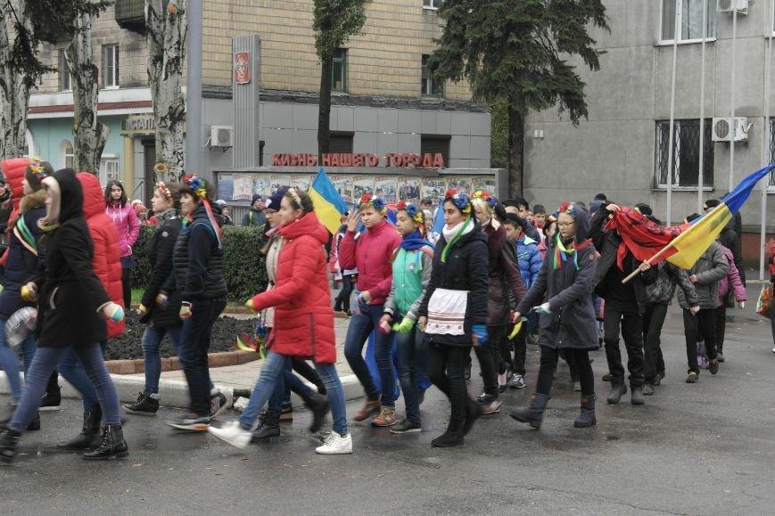 Школьники Покровска (Красноармейска) показали «класс» на конкурсе маршевой песни, фото-3