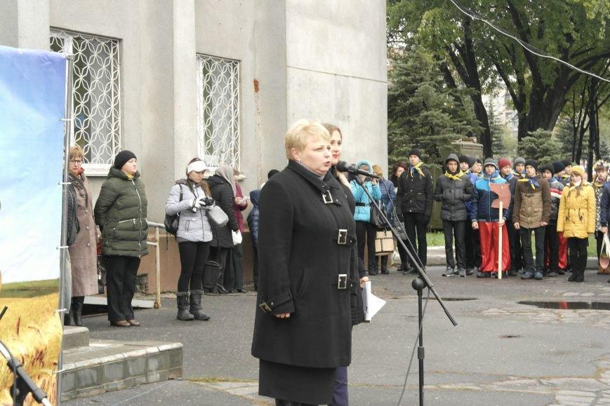 Школьники Покровска (Красноармейска) показали «класс» на конкурсе маршевой песни, фото-11