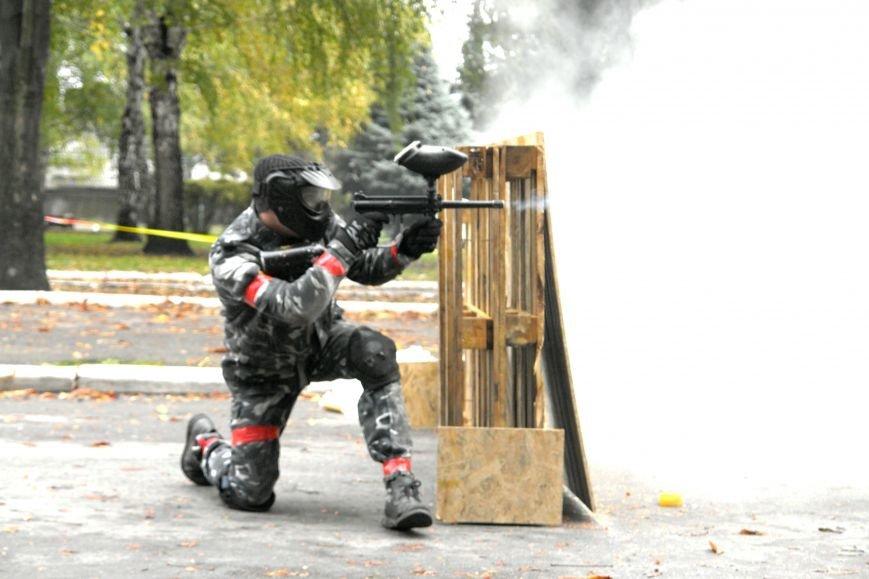 В Покровске (Красноармейске) стреляли... краской, фото-5