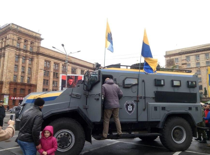 В Днепре День Защитника Украины отметили с песнями и полевой кухней (ФОТО, ВИДЕО), фото-9