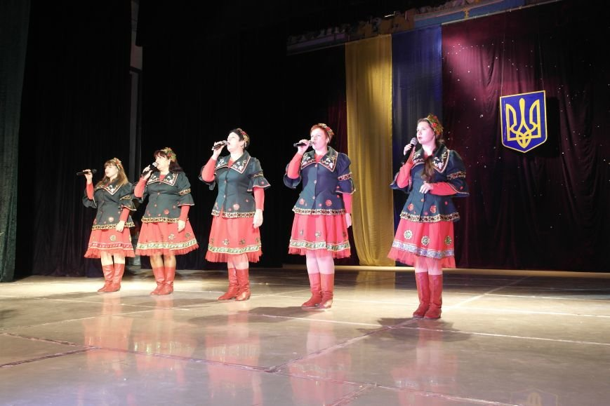 «Слава воїнам АТО»: в Покровске (Красноармейске) поздравили военнослужащих, фото-14