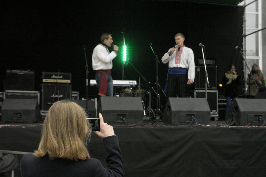 В Покровске (Красноармейске) выступили самодеятельные коллективы, фото-5