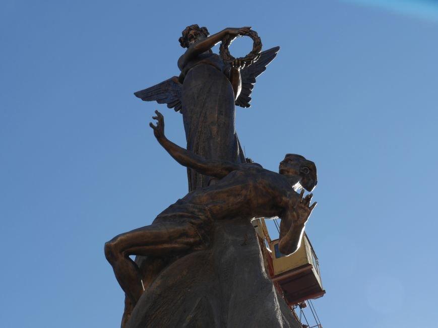 Тисячі тернополян прийшли на відкриття пам'ятника Героям Небесної Сотні (ФОТОРЕПОРТАЖ), фото-16