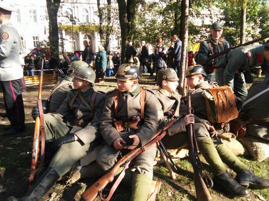 Сьогодні у Львові відбувся фестиваль «Військових традицій і звитяг Руси-України»: як це було (ФОТОРЕПОРТАЖ), фото-1