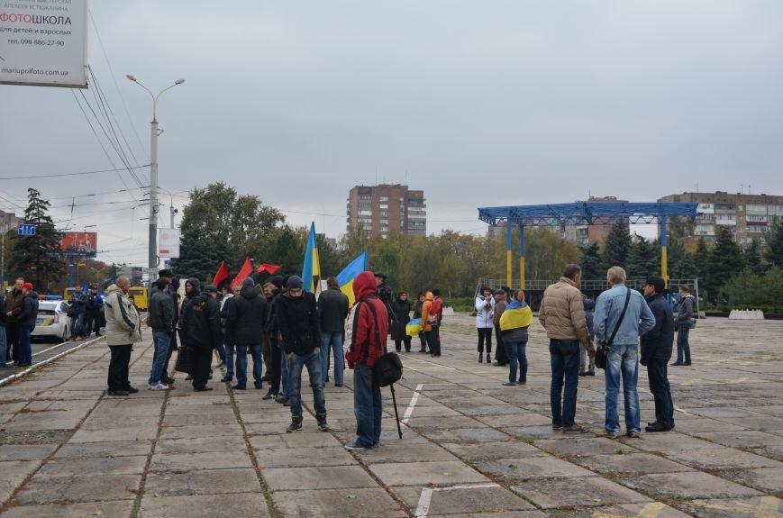 В Мариуполе волонтеры и общественники поздравили военных с помощью автопробега (ФОТО+ВИДЕО), фото-7