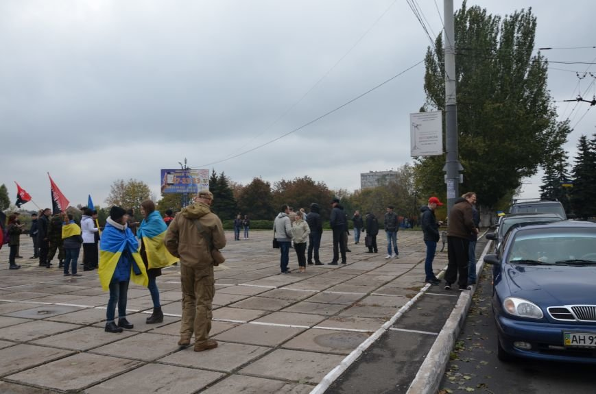В Мариуполе волонтеры и общественники поздравили военных с помощью автопробега (ФОТО+ВИДЕО), фото-2