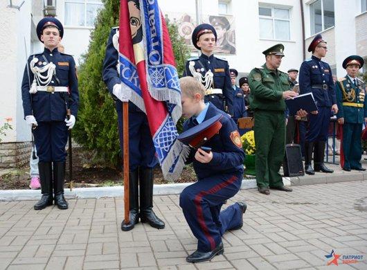 В праздник Покрова в Симферополе открыли первый казачий класс и приняли в казаки 57 мальчиков и девочек (ФОТО), фото-5