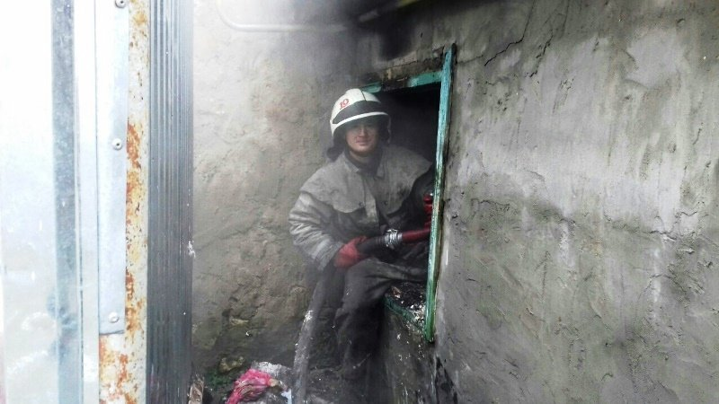 В Херсоне горел частный дом (фото), фото-1