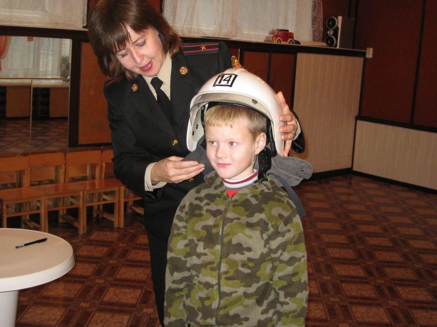 Як кременчуцькі дошкільнята вчилися бути пожежниками і не бавитися з вогнем, фото-8