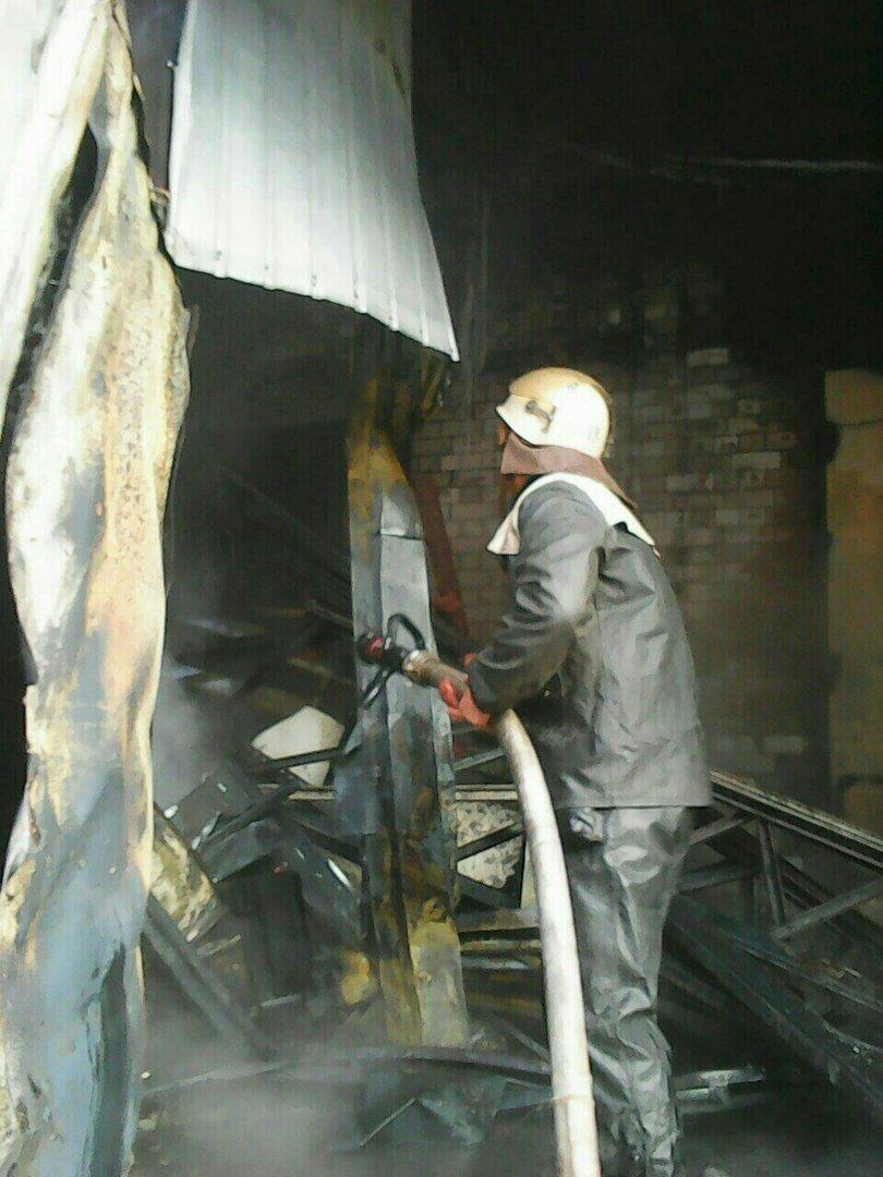 """Подробности пожара возле """"Дафи"""": горели морозильная камера и пресс для картона (ФОТО), фото-3"""