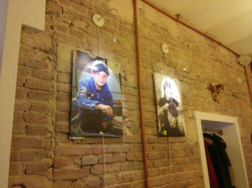 Впродовж двох тижнів львів'ян запрошують на фотовиставку соціального проекту про надможливості підлітків (ФОТО), фото-4