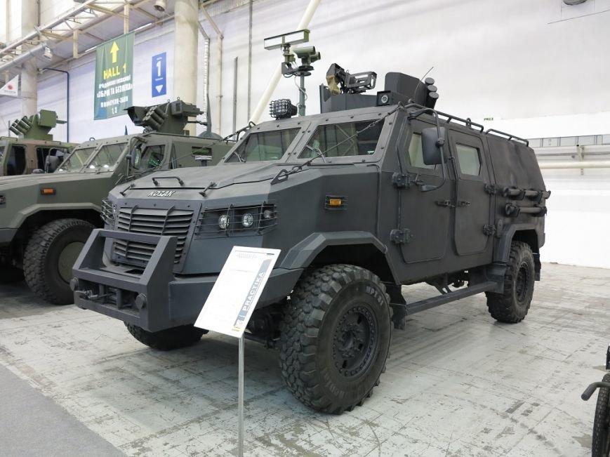 Зброя та безпека 2016: Нові бронеавтомобілі «Козак» (+ ВІДЕО), фото-2