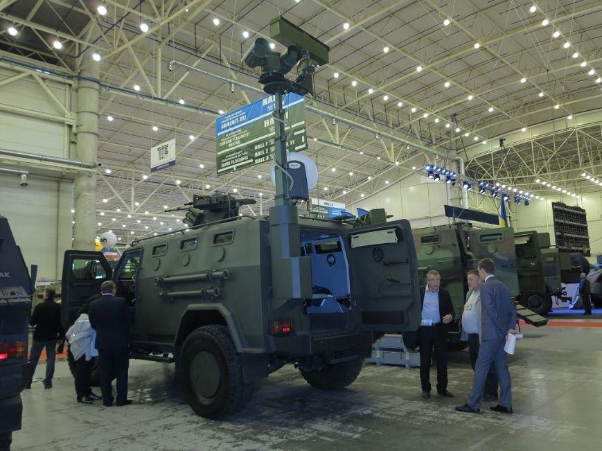 Зброя та безпека 2016: Нові бронеавтомобілі «Козак» (+ ВІДЕО), фото-1
