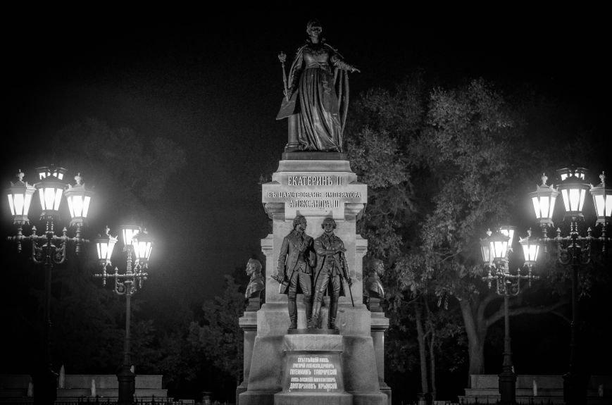 Памятник Екатерине II: восстановление исторической справедливости и излюбленное место прогулок горожан (ФОТО), фото-8