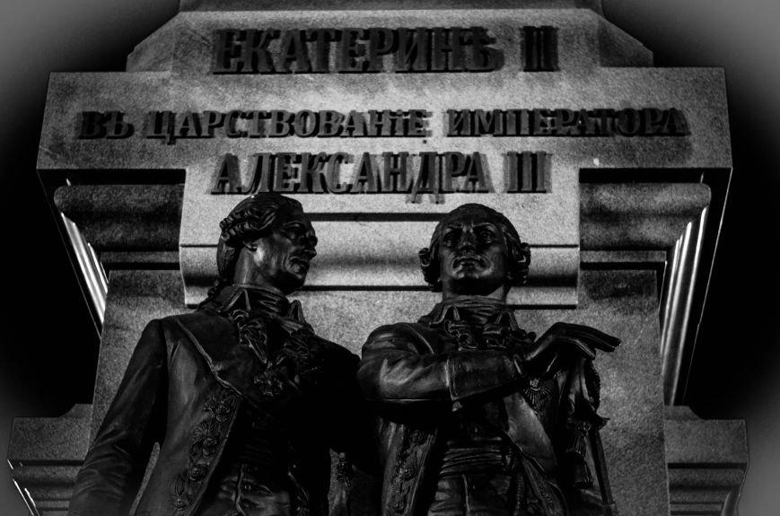Памятник Екатерине II: восстановление исторической справедливости и излюбленное место прогулок горожан (ФОТО), фото-9