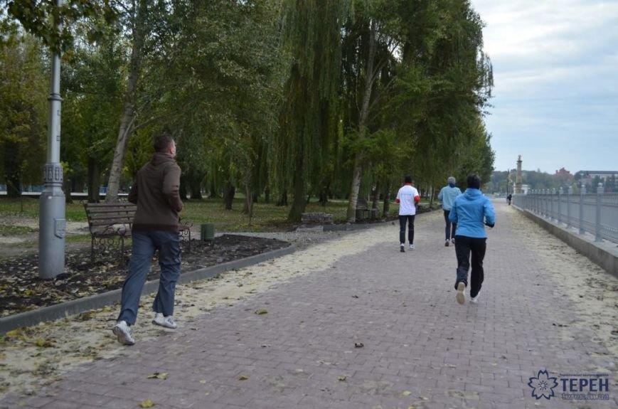 У Тернополі відбувся перший 5-кілометровий забіг «Runday» (фото), фото-1