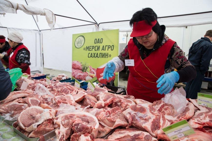 Сельхозярмарка собрала в областном центре более двухсот производителей, фото-2