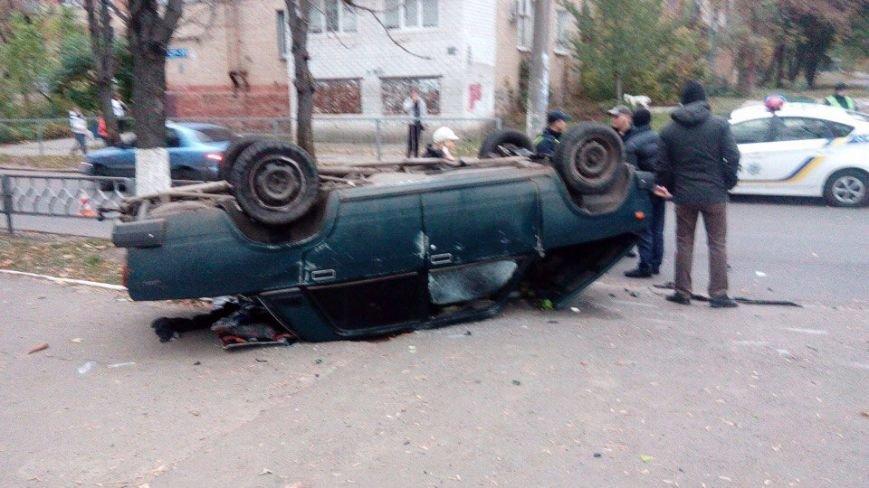 На ХТЗ перевернулись два автомобиля: есть пострадавшие (ФОТО), фото-3
