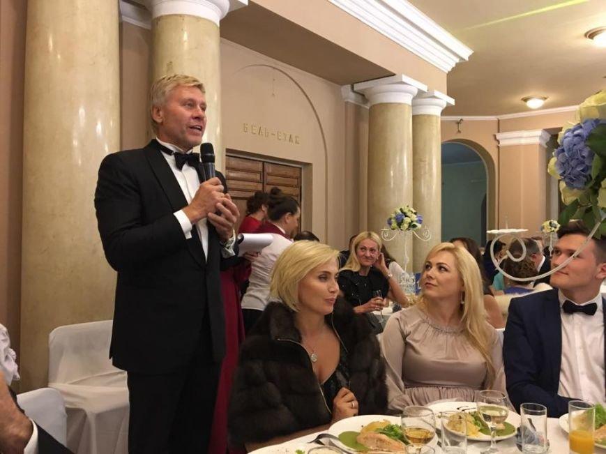 Запорожский депутат похвастался присутствием на VIP-свадьбе, - ФОТО, фото-2