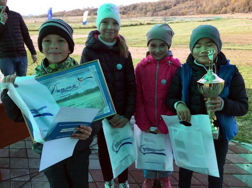 Юные гольфисты Сахалина определили лучших на осенней спартакиаде, фото-3