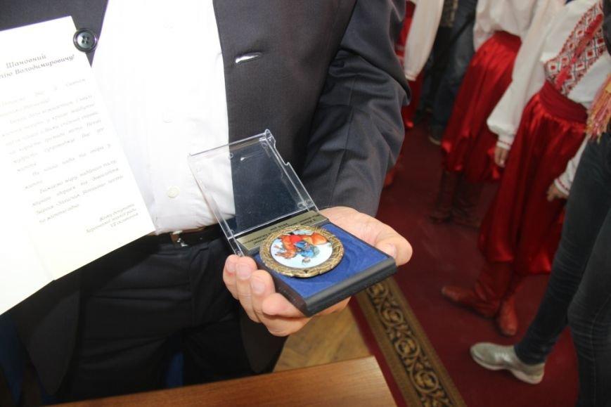Как в Херсоне женщины-депутаты своих коллег мужчин поздравляли (фоторепортаж), фото-9