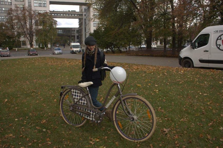 Твид, юбка-макси и кепи: в Харькове прошел костюмированный велопробег (ФОТО), фото-16