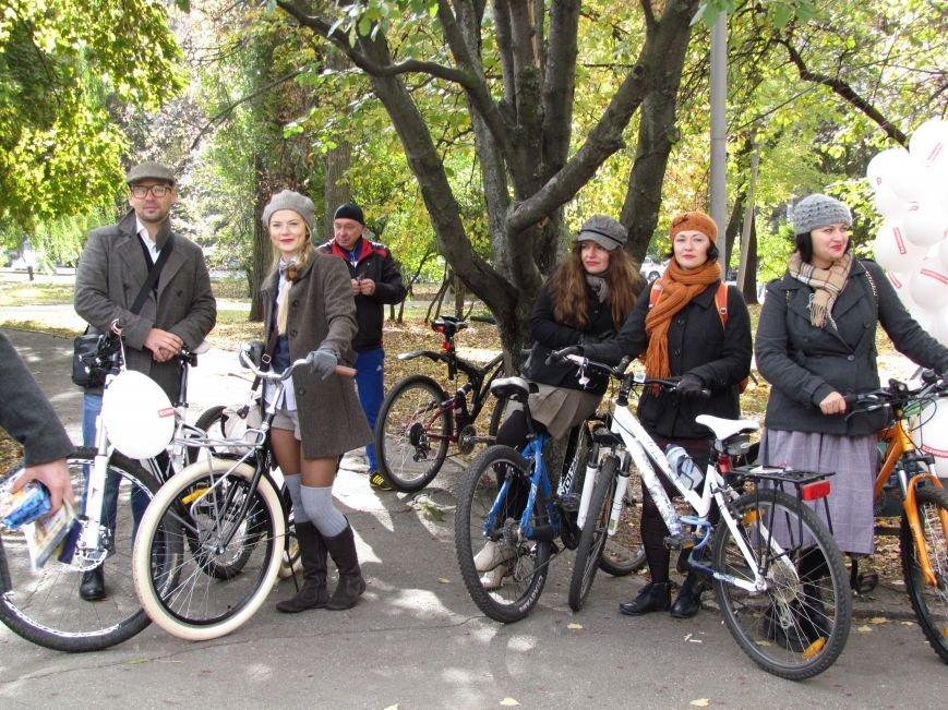 Твид, юбка-макси и кепи: в Харькове прошел костюмированный велопробег (ФОТО), фото-6