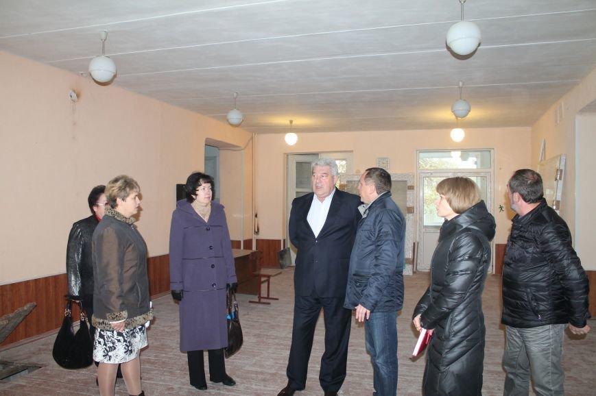 В Часов Яре проходит реконструкция опорной школы (ФОТО), фото-1