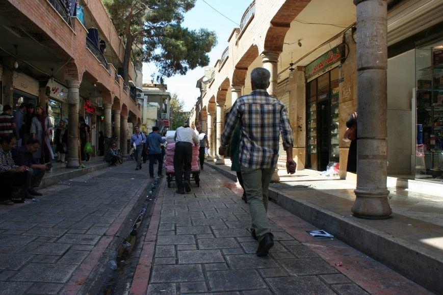 Автостопом по Ирану: о наказаниях плетью, нелегальном гостеприимстве и бараньих мозгах, фото-33