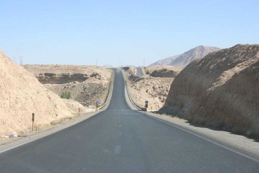 Автостопом по Ирану: о наказаниях плетью, нелегальном гостеприимстве и бараньих мозгах, фото-40
