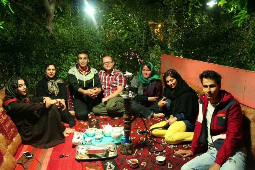 Автостопом по Ирану: о наказаниях плетью, нелегальном гостеприимстве и бараньих мозгах, фото-7