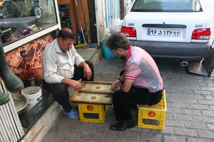 Автостопом по Ирану: о наказаниях плетью, нелегальном гостеприимстве и бараньих мозгах, фото-52