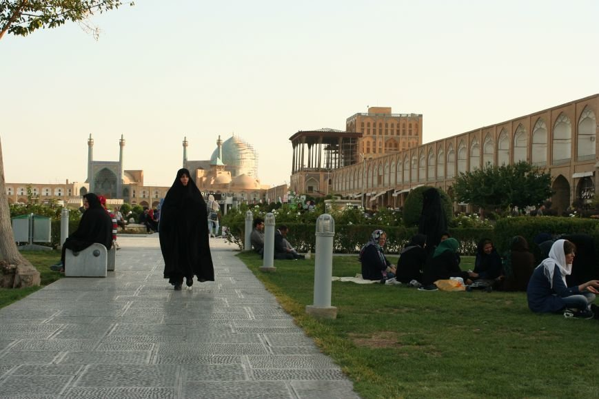 Автостопом по Ирану: о наказаниях плетью, нелегальном гостеприимстве и бараньих мозгах, фото-12