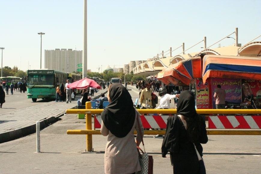 Автостопом по Ирану: о наказаниях плетью, нелегальном гостеприимстве и бараньих мозгах, фото-4