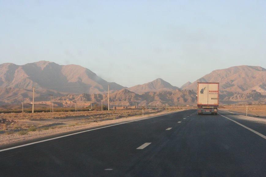 Автостопом по Ирану: о наказаниях плетью, нелегальном гостеприимстве и бараньих мозгах, фото-44