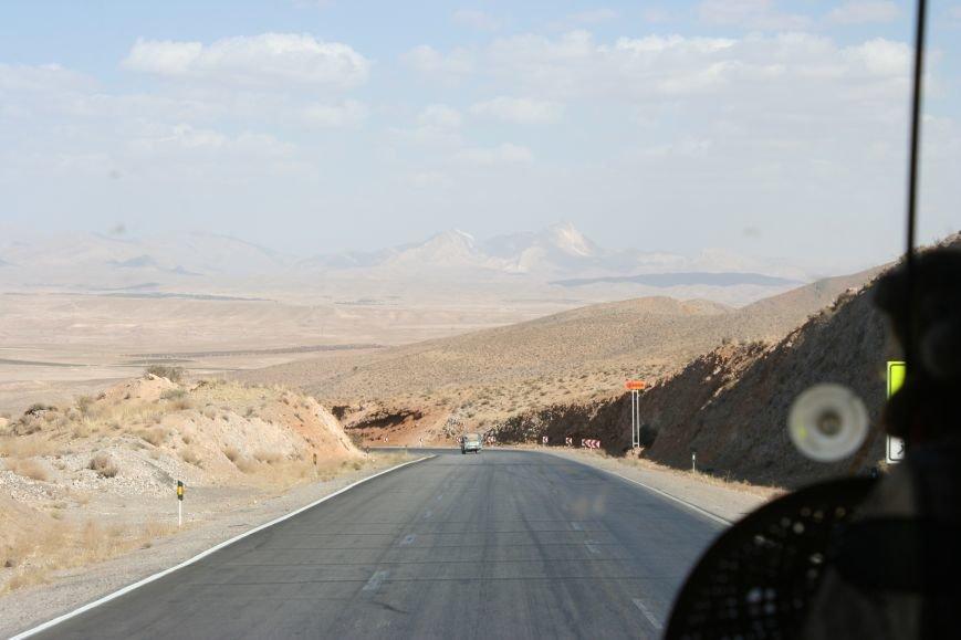 Автостопом по Ирану: о наказаниях плетью, нелегальном гостеприимстве и бараньих мозгах, фото-43
