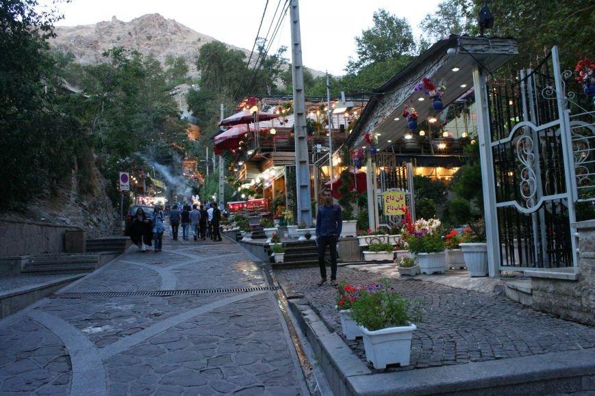 Автостопом по Ирану: о наказаниях плетью, нелегальном гостеприимстве и бараньих мозгах, фото-39