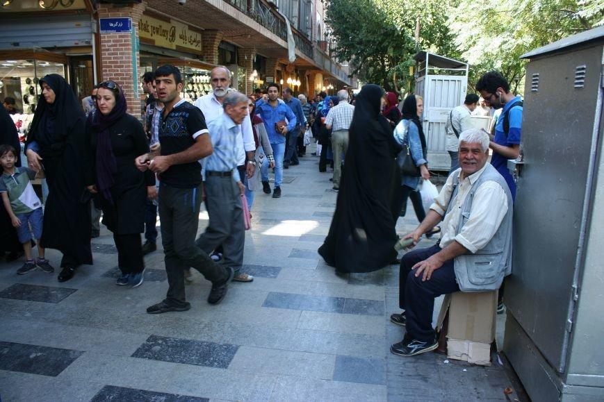 Автостопом по Ирану: о наказаниях плетью, нелегальном гостеприимстве и бараньих мозгах, фото-32