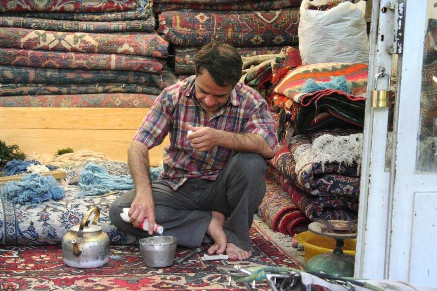 Автостопом по Ирану: о наказаниях плетью, нелегальном гостеприимстве и бараньих мозгах, фото-47