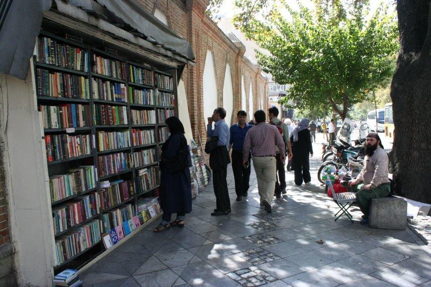 Автостопом по Ирану: о наказаниях плетью, нелегальном гостеприимстве и бараньих мозгах, фото-31