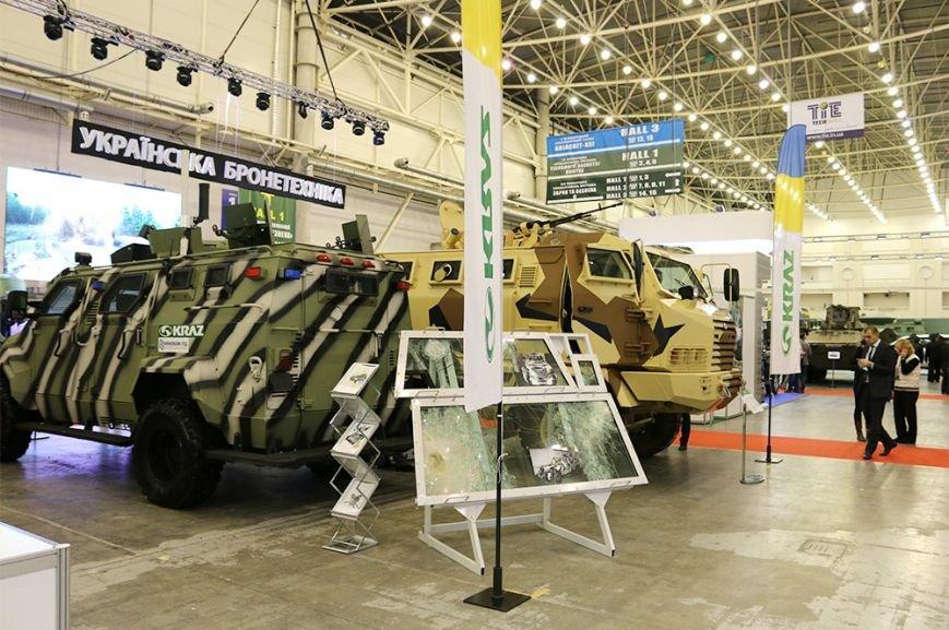 КрАЗ достойно представил свои броневики и вездеходы на выставке «Оружие и безопасность-2016» (ФОТО), фото-4