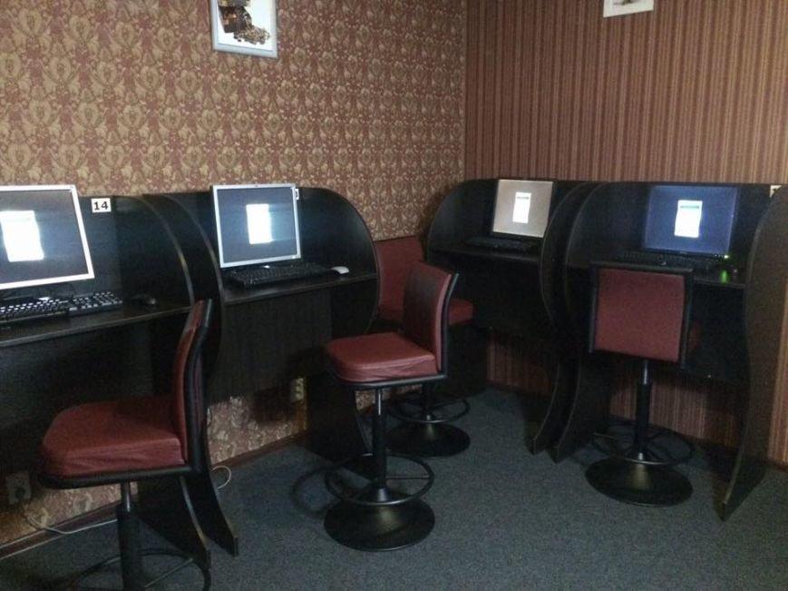 В Запорожье прикрыли игровой зал возле кинотеатра им. Довженко, - ФОТО, фото-9