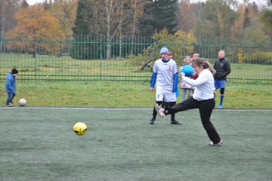Трудовые коллективы Пушкинского района встретились за игрой в футбол, фото-1